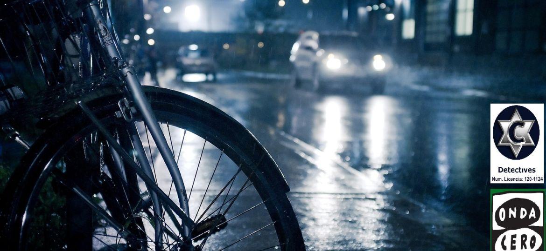 cae-los-incendios-la-lluvia-noche-coches-varios-foto-385042