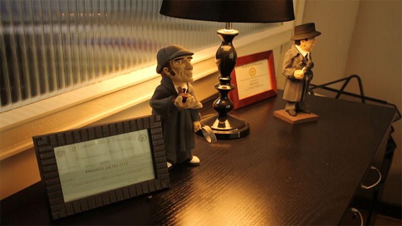 cómo trabaja un detective privado